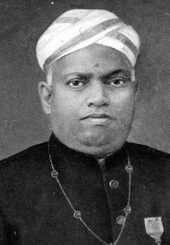 Уллур Парамешвара Айяр фото